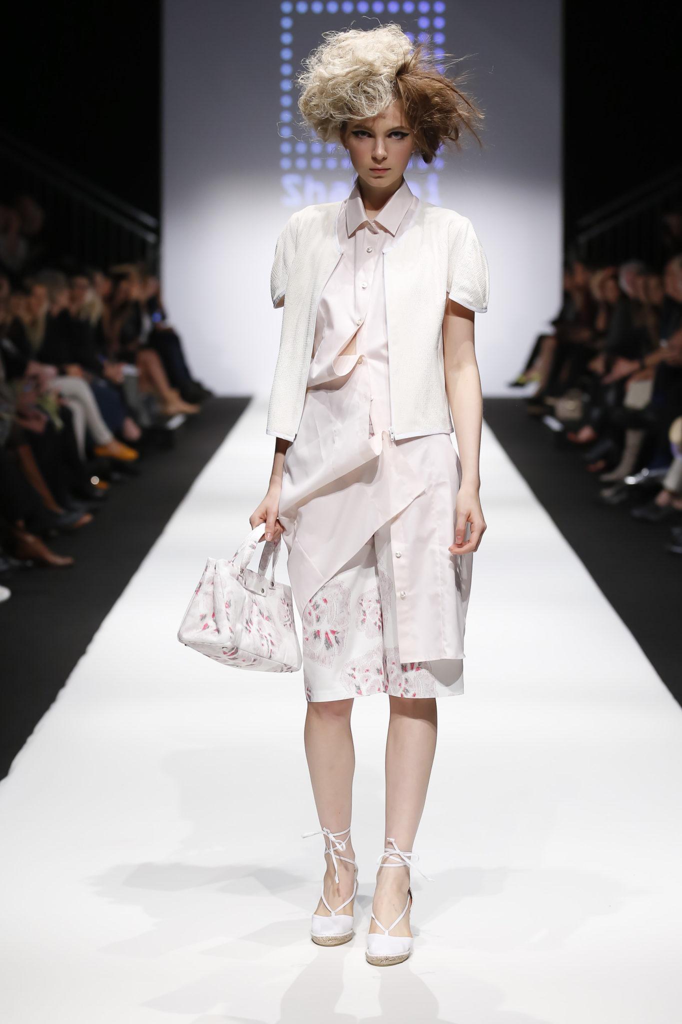 Designer: Shakkei, unknown model
