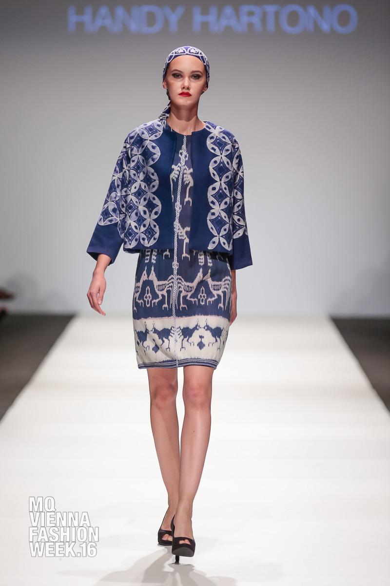 Designer: The Embassy Of The Republic Of Indonesia presents Handy Hartono, unknown model